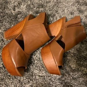 Gianni Bini open-toe booties, size 9M